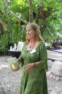 liz temple byron green dress